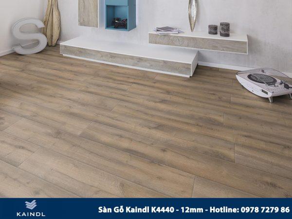 Sàn gỗ Kaindl Aqua Pro K4440 12mm Phối Cảnh