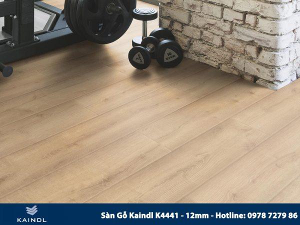 Sàn gỗ Kaindl Aqua Pro K4441 12mm Phối Cảnh